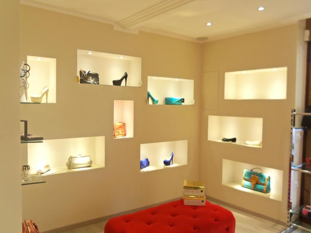 Lampade da parete esterno - Camera da letto con parete in cartongesso ...