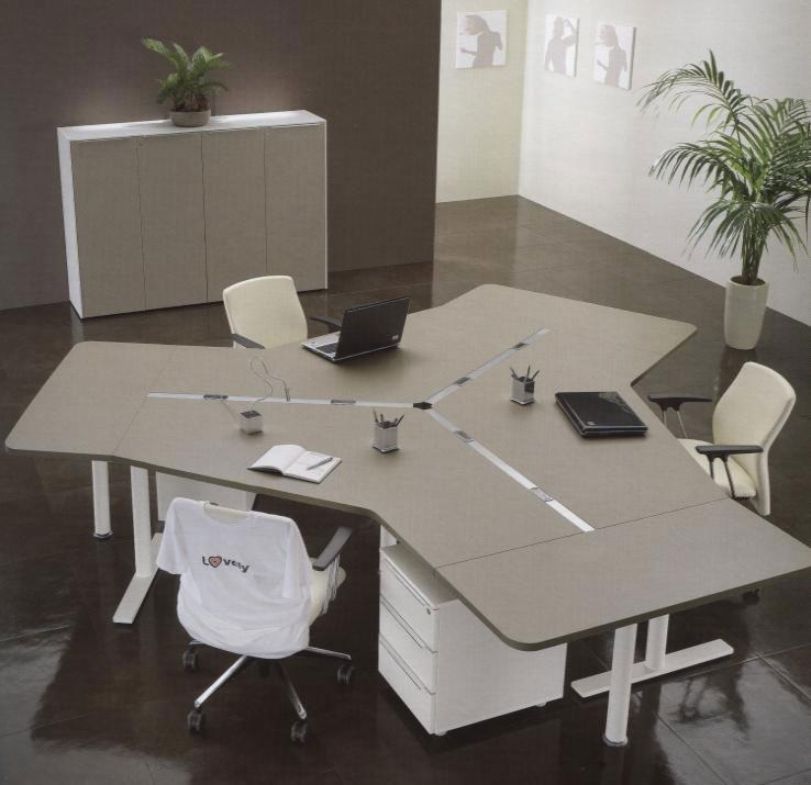 Tavoli operativi e direzionali gibel for Uffici operativi